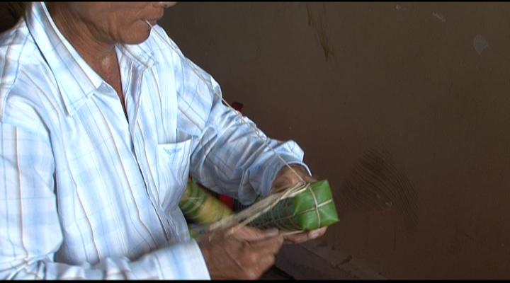 Hơn 10.000 đòn bánh tét phục vụ bà con tại lễ hội