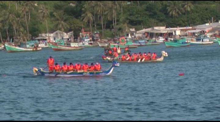 Kiên Hải tổ chức giải đua thuyền truyền thống
