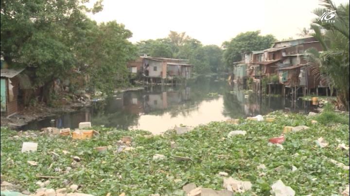 Dân kêu cứu vì con rạch ngày càng ô nhiễm
