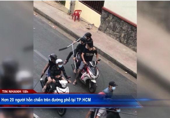 Hơn 20 người hỗn chiến trên đường phố tại TP.HCM