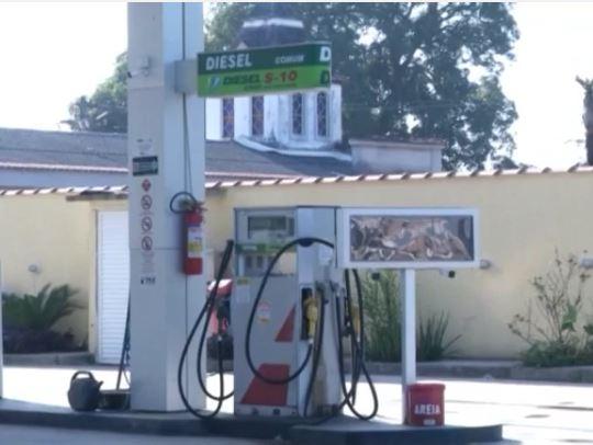 Petrobras giảm giá nhiên liệu do áp lực biểu tình