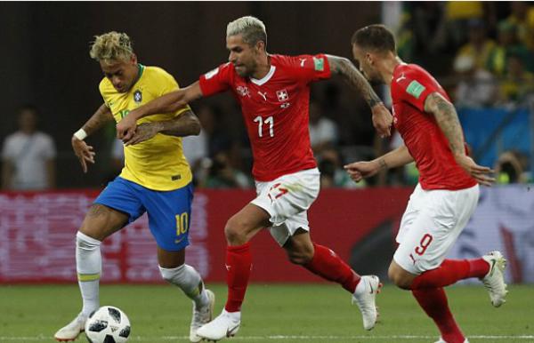 Brazil bị cầm hòa ở trận ra quân World Cup