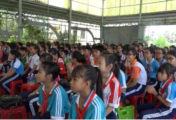 Trại hè hưởng ứng tháng hành động vì trẻ em