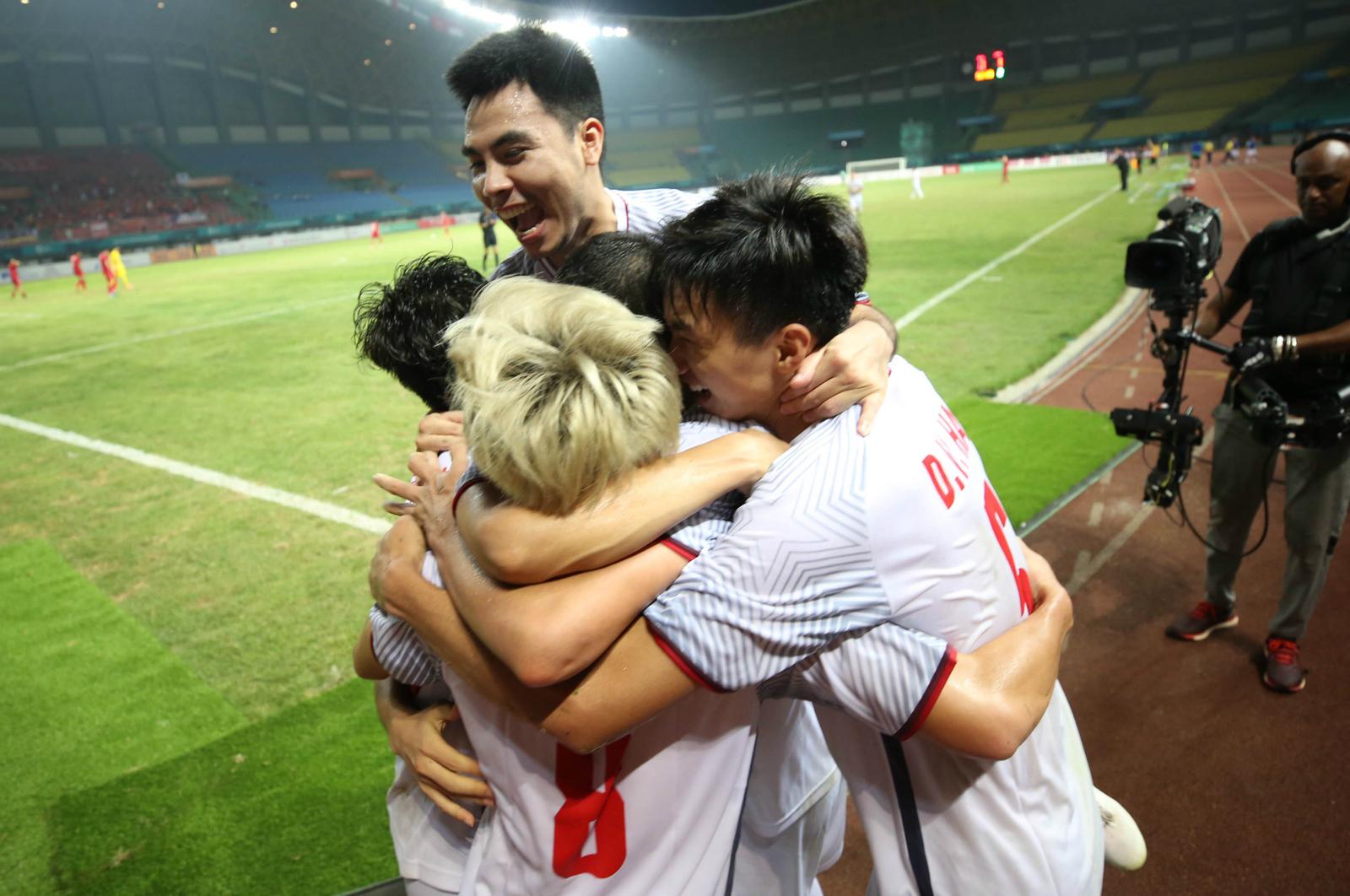 Nụ cười chiến thắng của Việt Nam tại tứ kết Asiad