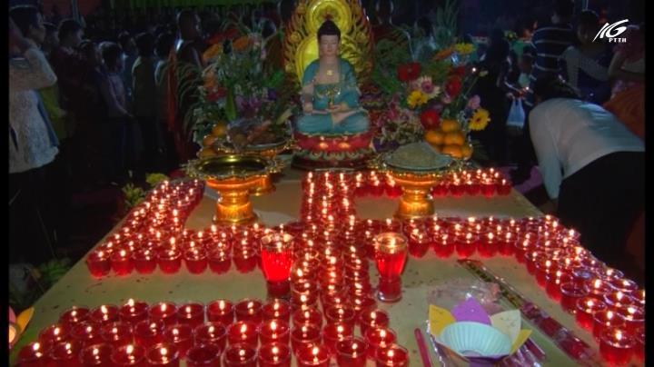 Lễ cúng trăng của đồng bào Khmer