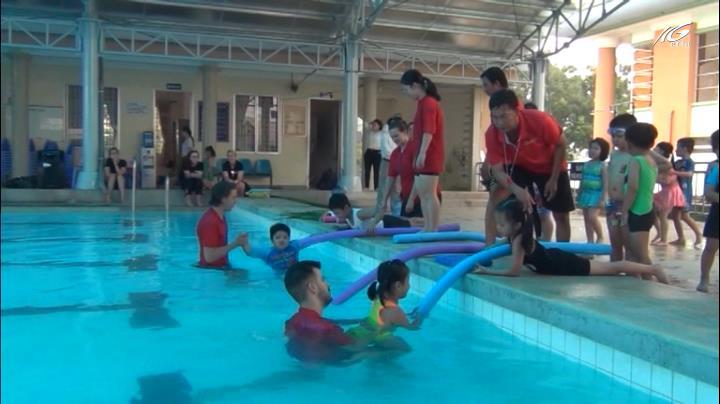 Học phòng chống đuối nước