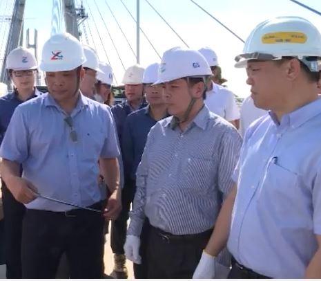Bộ trưởng GTVT kiểm tra tiến độ thi công dự án