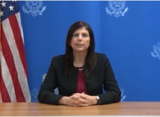 Mỹ siết chặt cấp thị thực với Cuba