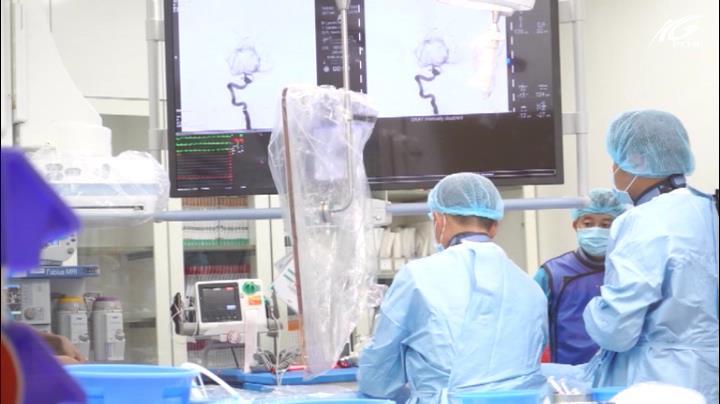 Phẫu thuật cứu bệnh nhân u não khổng lồ
