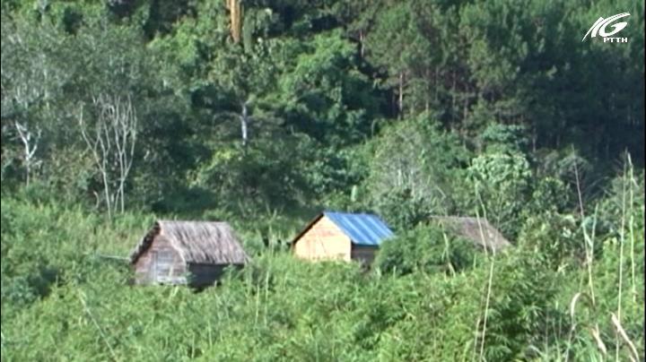 Bí ẩn ngôi làng giữa rừng sâu