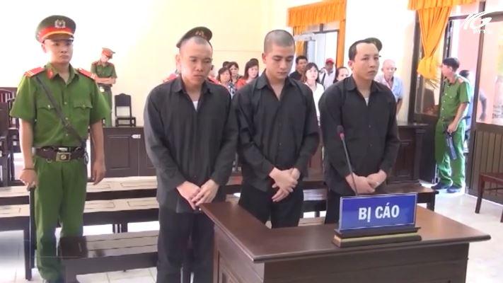 Giải quyết mâu thuẫn, 3 bị cáo lãnh 24 năm tù