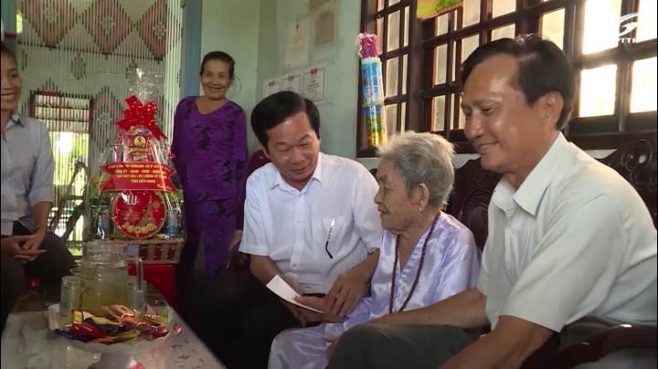 PCT UBND tỉnh KG Đỗ Thanh Bình thăm gia đình chính sách
