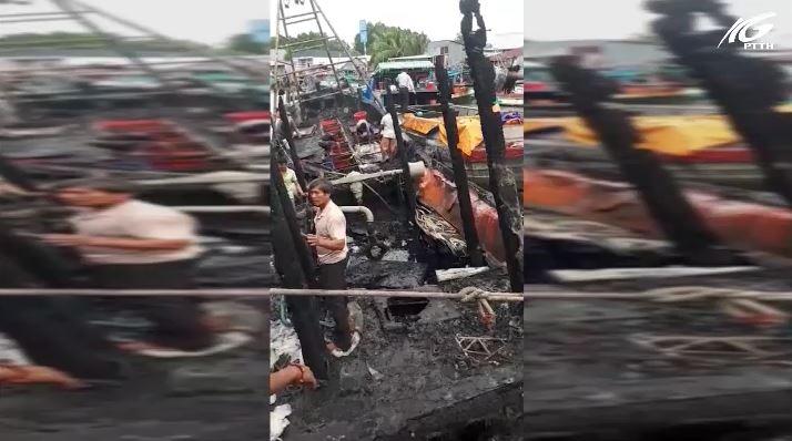 Hòn Đất: Cháy  rụi 3 tàu cá đang neo đậu