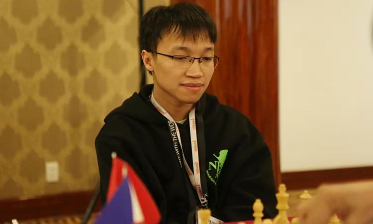 Trường Sơn thắng ván thứ hai giải cờ vua Hồ Nam