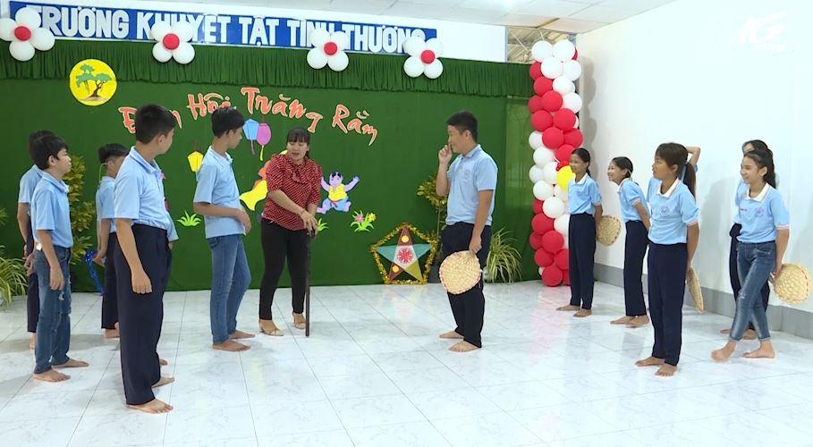 Chăm lo tết trung thu cho trẻ em khuyết tật