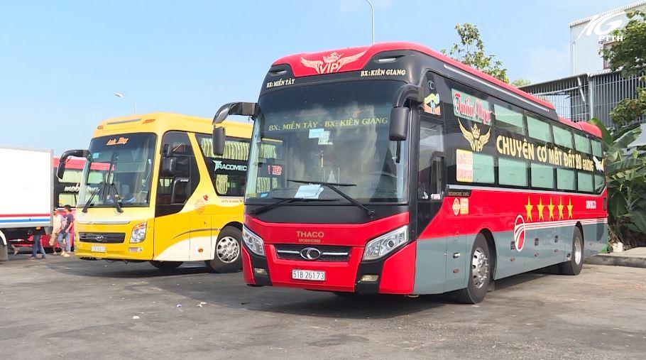 Bến xe tỉnh tăng cường xe phục vụ hành khách đi lại trong dịp Tết