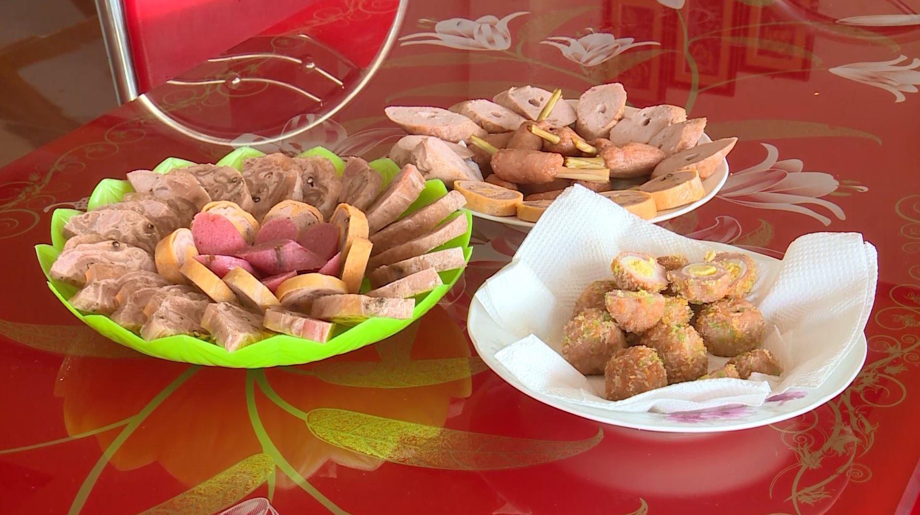 Nem chả ngày Tết - Nét đặc trưng văn hóa ẩm thực Việt