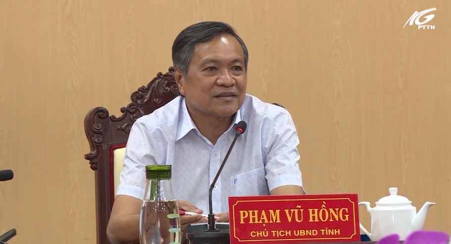 Ông Phạm Vũ Hồng làm việc với Trung tâm phục vụ hành chính công