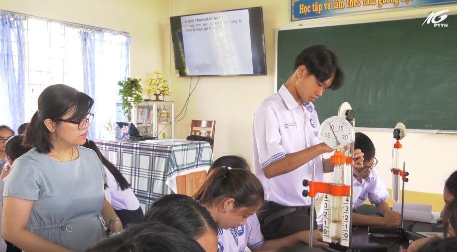 Những giáo viên sáng tạo trên bục giảng