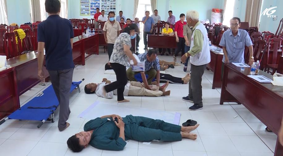 Huyện Giang Thành: Thành lập các đội sơ cấp cứu ban đầu