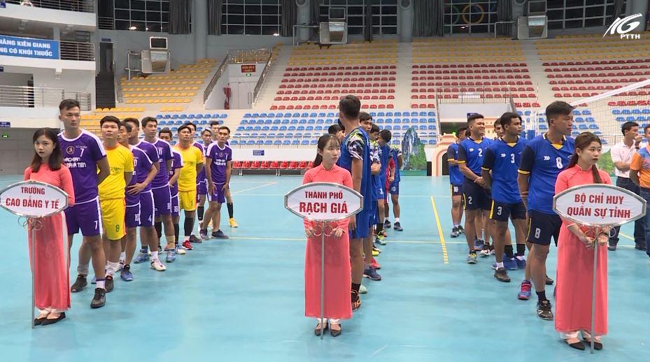 Khởi tranh Giải vô địch bóng chuyền nam tỉnh Kiên Giang năm 2020