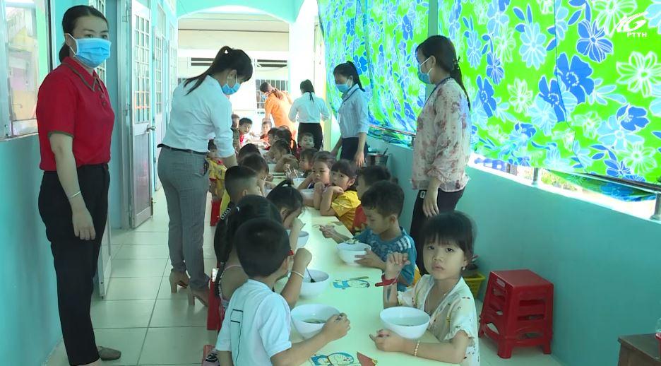 Biện pháp khắc phục thực trạng thừa thiếu giáo viên