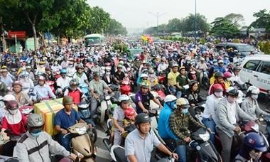 Cấm xe máy - 'đừng bàn lùi'