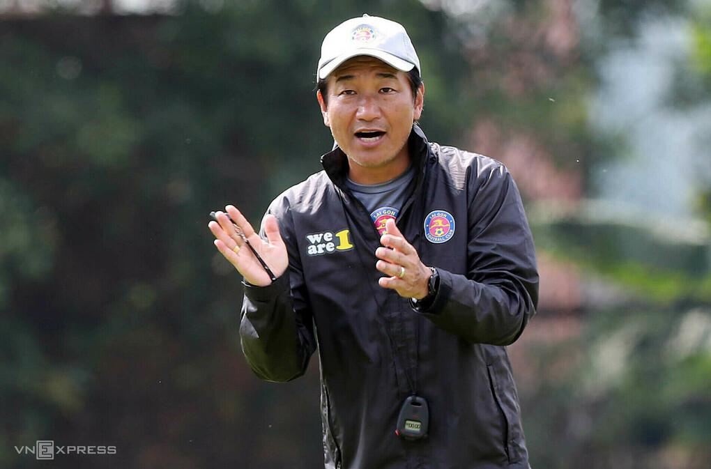 HLV Masahiro: 'Cầu thủ Việt Nam có thể nối bước Thái Lan ở J-League'